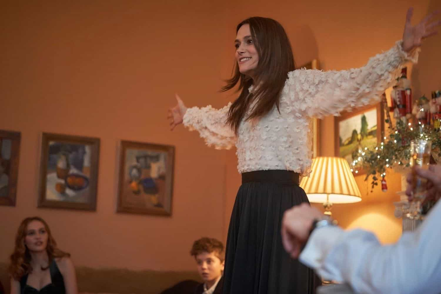 """Keira Knightley to appear in a not-so-merry Christmas movie: """"Silent Night"""""""